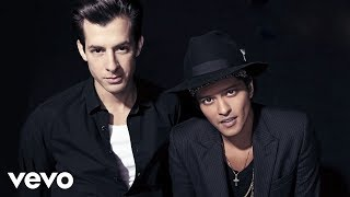 Mark Ronson - Uptown Funk ft. Bruno Mars (Live on SNL)