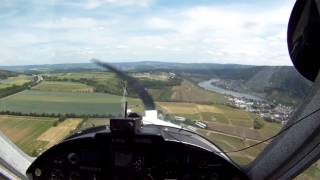 preview picture of video 'UL Landung EDRK Koblenz RWY 06'