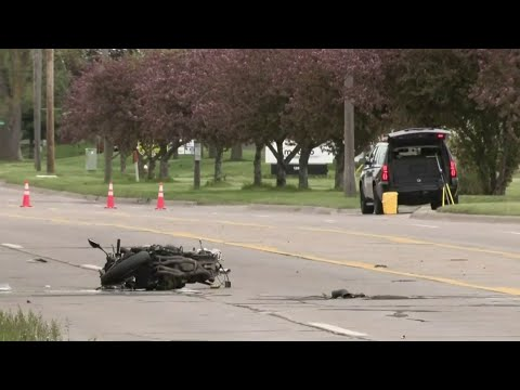 Man killed in motorcycle crash in Warren
