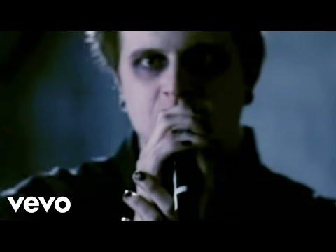 Atreyu - The Crimson (Official Video)