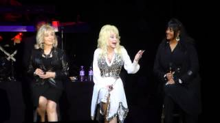 "Dolly Parton ""Don't Think Twice"" Blue Smoke tour at AECC, Aberdeen 15th June 2014"