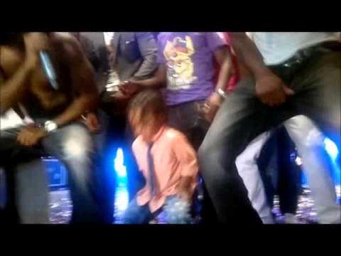 Peter Okoye's son dance on stage