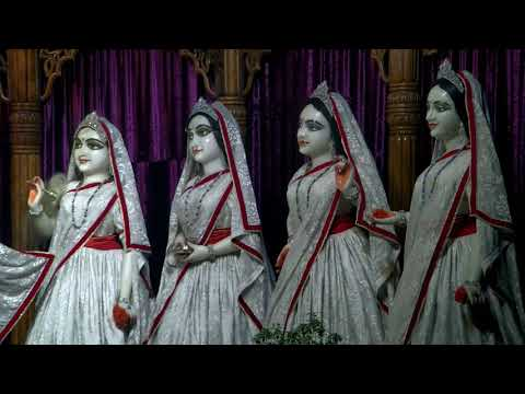 Iskcon Mayapur Mangal Aarti Darshan Sree Radhamadhav and Sri Pancha