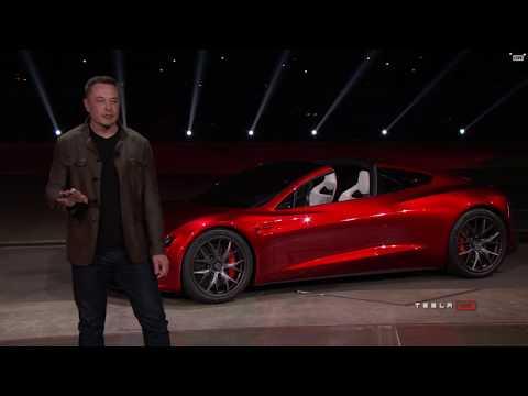O momento da apresentação mundial do Tesla Roadster