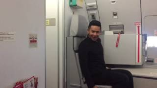 AirAsia Flight Attendant Dancing to Toxic Britney Spears