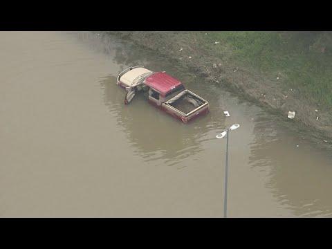 Pickup truck stranded on flooded I-94 in Metro Detroit
