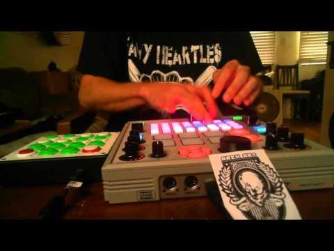 "DJ Arek Midi Controller Mashup Freestyle - ""Murderuhhhhaaa""  7/21/2013"
