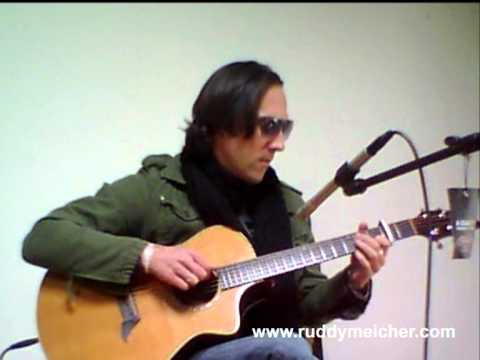 <b>Reprise de la semaine</b><br />Oasis Wonderwall Acoustic Guitar Cover (Ruddy Meicher) (Ruddy Meicher)