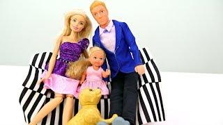 Барби, Кен и Штеффи собираются на День рождения - Одевалки