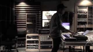 Angel Haze & Lunice - Gimme That (Songs from Scratch Session)