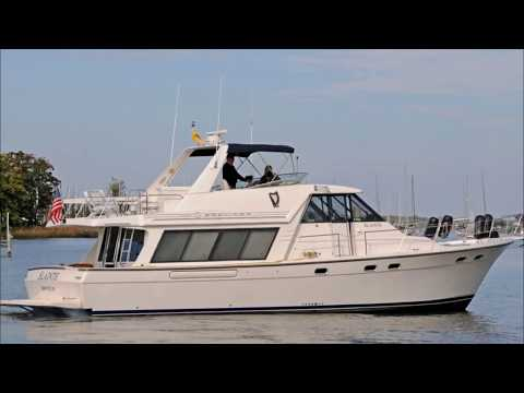 Bayliner 4788 Pilot House Motoryachtvideo