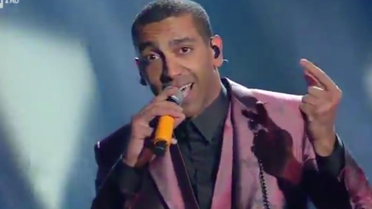 """Il """"mago"""" Mudimbi protagonista a Sanremo con il suo rap scanzonato"""