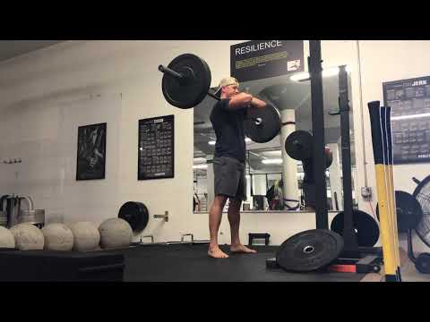 Pause Barbell Front Squat