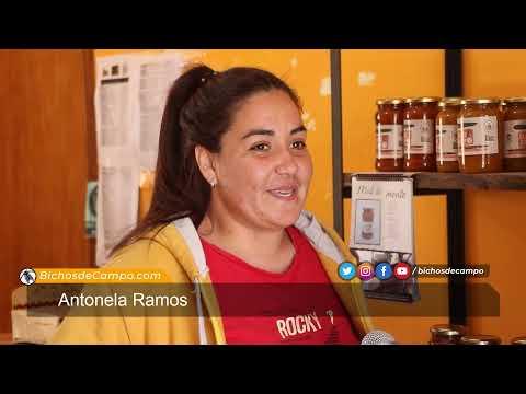 """VÍDEO- TRASLASIERRA .... MUCHACHA CAMPESINA : ANTONELLA RAMOS NACIÓ """"MONTE ADENTRO"""" Y AHORA FORMA PARTE DE UNA RED QUE PROMUEVE EL COMERCIO JUSTO PARA ESE TIPO DE COMUNIDADES."""
