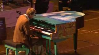 [HQ - Live] Michael W. Smith -  Agnus Dei (complete with lyrics)