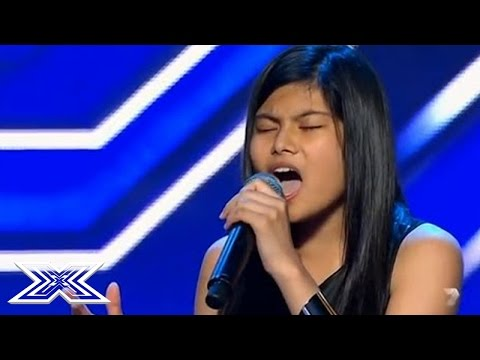Sjenert 14-åring synger til stående applaus fra salen