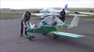 Premier vol cricri F PITI CRICRI MC15 Small Plane