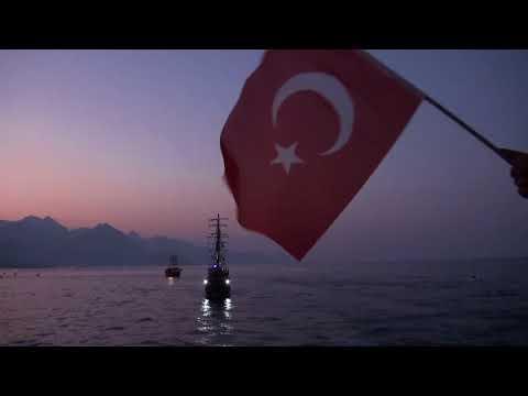 Denizde 30 Ağustos kutlaması