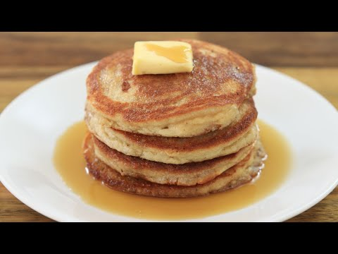 You Can Eat These Healthy Almond Pancakes Every Day!