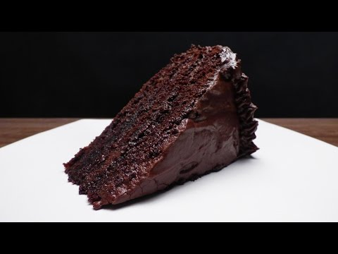 Video MOIST CHOCOLATE CAKE