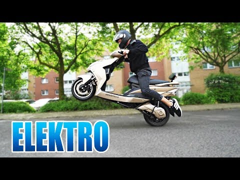 DER COOLSTE ELEKTRO ROLLER | Futura Hawk Unboxing - Review - Test [Deutsch/German]