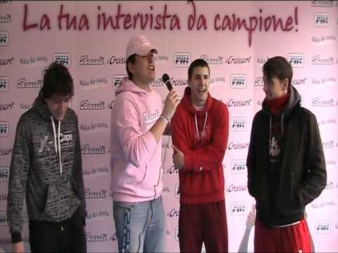 I ragazzi di Trento allo stand di Bauli - Dolce far nuoto