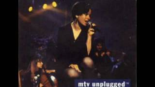 "10,000 Maniacs ""Trouble Me"""