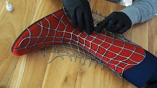 Making the SPIDER-MAN Boot - Gluing of Webs