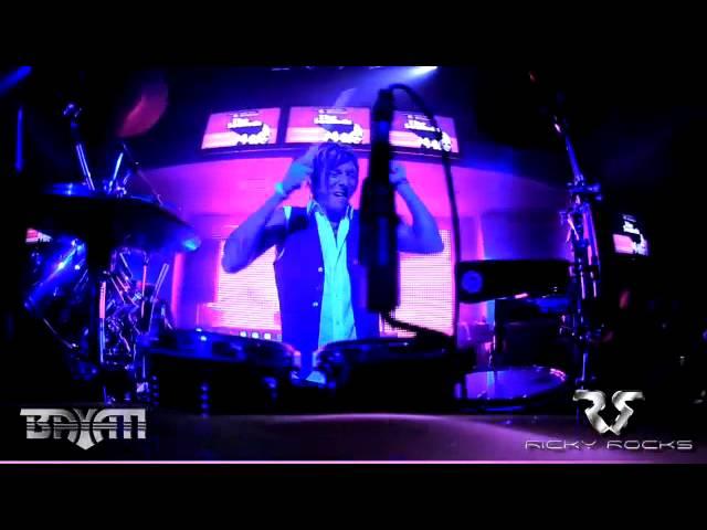RICKY ROCKS ON DRUMS & DJ BAYATI @ SUTRA **RVCA FASHION SHOW**
