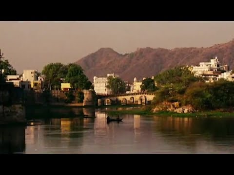 The Best Exotic Marigold Hotel - UK Trailer - HD