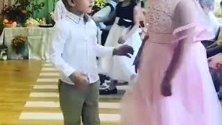 Смешно до слёз Девочка в розовом платье