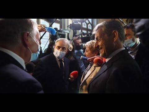 """Nicolas Sarkozy : """"J'ai beaucoup d'amitié pour Xavier Bertrand"""""""