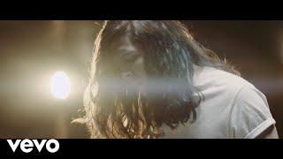 Musik-Video-Miniaturansicht zu It's a Beautiful Life Songtext von Billy Raffoul