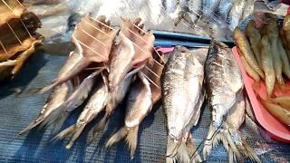 Рыбный и сувенирный рынок Листвянки