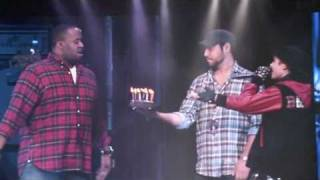КенниМен, JUSTIN BIEBER SINGS HAPPY BIRTHDAY TO KENNY HAMILTON
