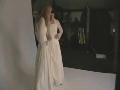 Bolero für ihr Brautkleid in creme