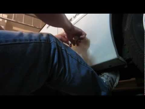 Pull Dents Out Of Your Car With A Hot Glue Gun