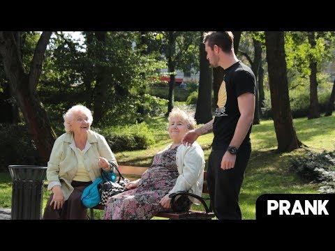 Oglądaj inicjowanie kobietę