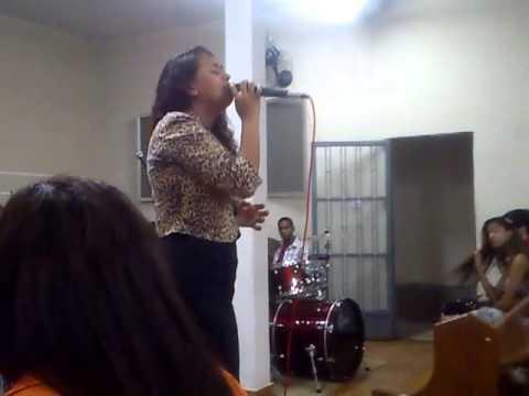 Cantora Wanessa Fernandes no pré- congresso em Aperibé parte 1