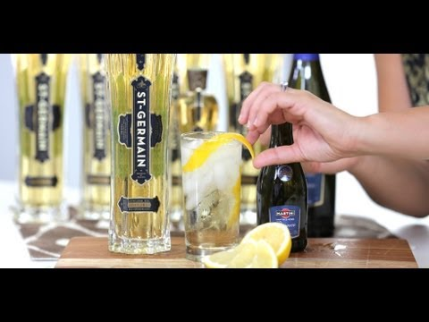 Video St-Germain Elderflower Cocktail Recipe | Drink Ideas | Happiest Hour