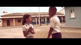 Fonseca - Entre Mi Vida Y La Tuya (Video Oficial)
