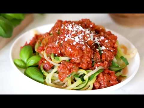 How To Make the BEST BOLOGNESE SAUCE