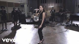 Rebecca Ferguson - Roar (Live From Air Studios)