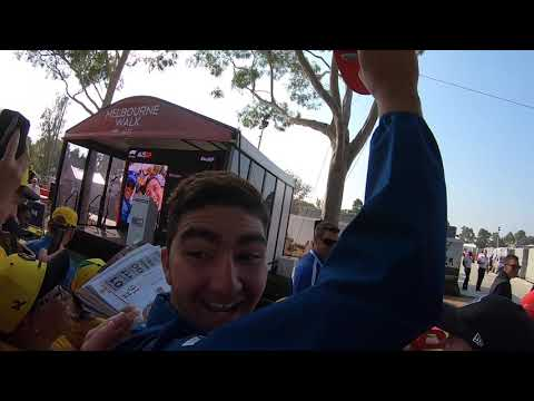 Image: WATCH: Fan goes mental as Leclerc gives him his hat!