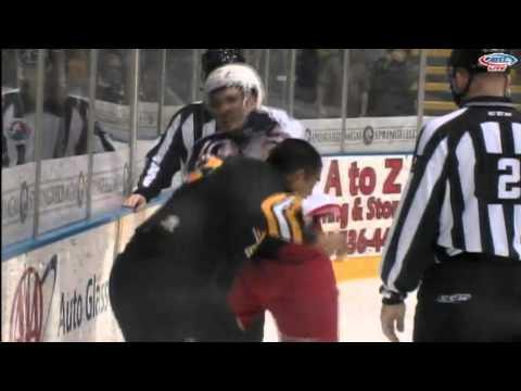 Spencer Machacek vs. Bobby Robins