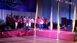 Krida Nusantara Art Group – 'Bengawan Solo' angklung