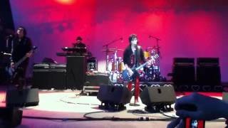 Love is Pain - Joan Jett and the Blackhearts LIVE