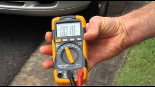 Mjerenje voltaže tijela prilikom bosog stajanja na zemlji