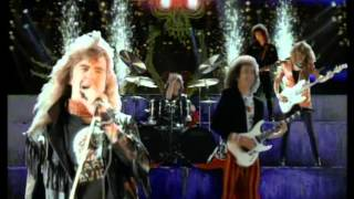 Saxon - I Can't Wait Anymore (Official Music Video)