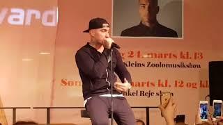 Joey Moe - Million (Live i Rødovre Centret)